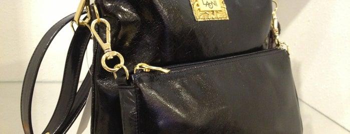 Laoni Leather Design is one of Orte, die Lisa gefallen.