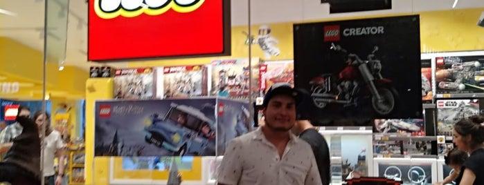 Lego Store is one of Posti che sono piaciuti a Arturo.