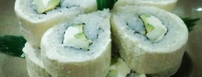 Sushi Ken is one of Orte, die Felipe gefallen.