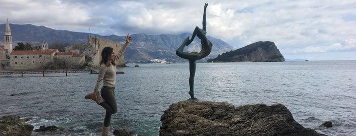 Dancing Girl is one of Budva.