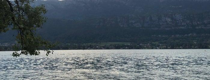 Plage Du Bout Du Lac is one of Alpen-Tips.