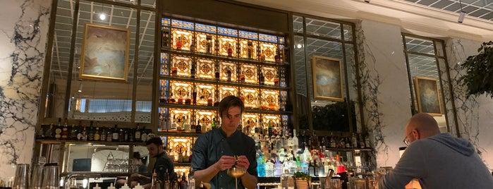 The Bank Brasserie & Bar is one of Gespeicherte Orte von Queen.