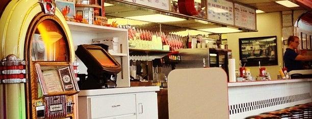 Park Diner is one of Tempat yang Disimpan Steve.