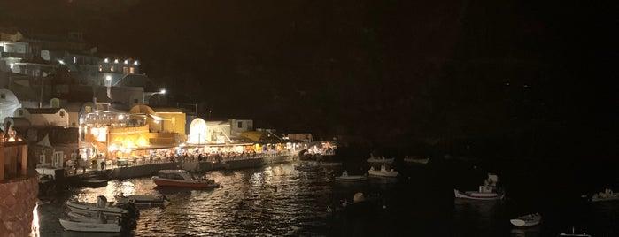 Ammoudi Fish Tavern is one of Santorini.