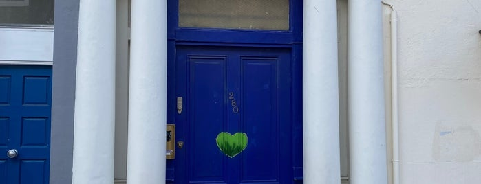 Blue Door from the Movie Notting Hill is one of London لندن.