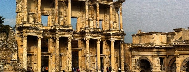 Library of Celsus is one of World Heritage Sites!!!.