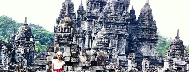 Candi Sewu is one of Temples and statues in Indonesia.