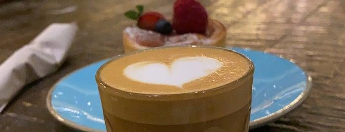 Joud Cafe is one of Tempat yang Disukai Hessa Al Khalifa.