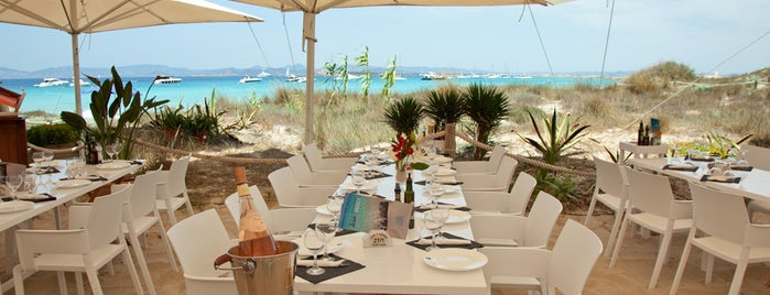Restaurante Juan y Andrea is one of The 5 Best Summer Beach Bars.