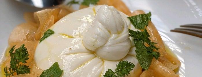 Flour Eggs Water is one of Senia 님이 좋아한 장소.
