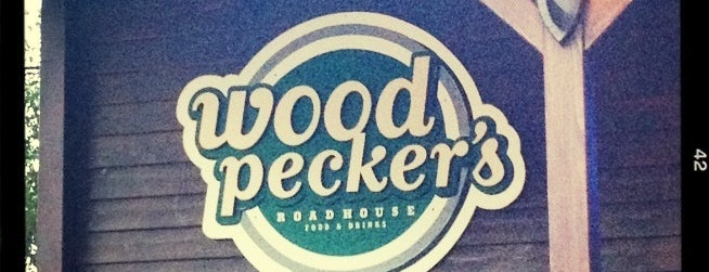 Woodpeckers Roadhouse is one of Locais curtidos por Ojoe.