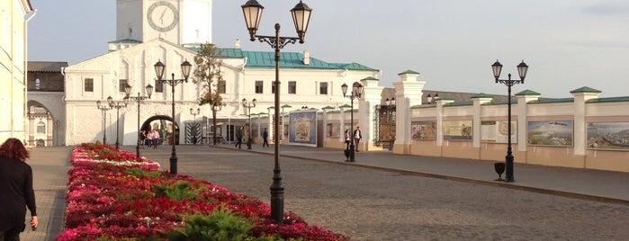 Спасская Башня is one of Posti che sono piaciuti a Anton.