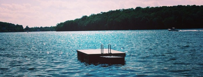 Lake Mahopac is one of Locais curtidos por Bill.
