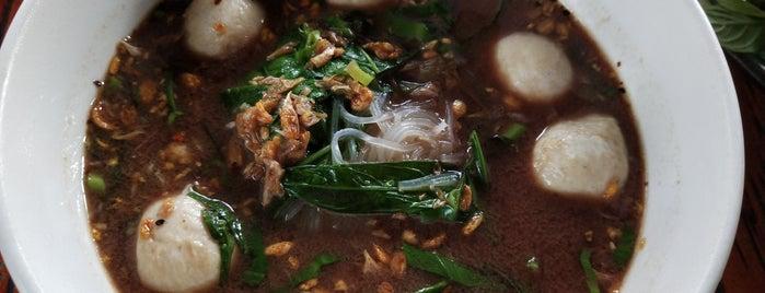 ก๋วยเตี๋ยวเรือคนเมือง is one of เชียงใหม่_5_noodle.