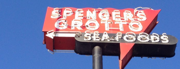 Spenger's Fresh Fish Grotto is one of My favoite places in USA.