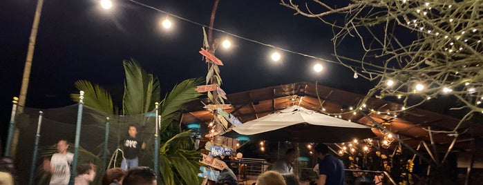 Yampa Restaurante Teppanyaki Bar is one of Tempat yang Disukai Nydia.
