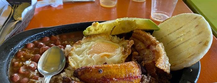 La Fonda de la Y is one of Tempat yang Disukai Nydia.