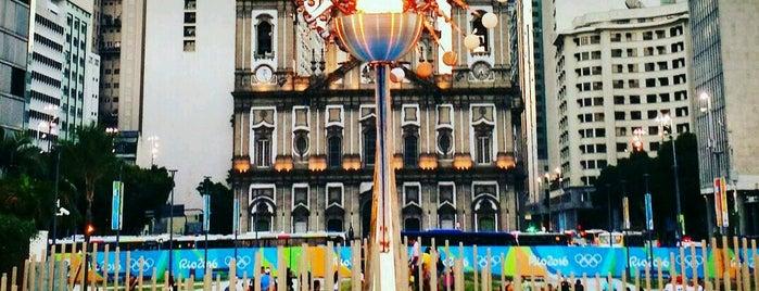 Olympisches Feuer is one of Orte, die Bruno gefallen.