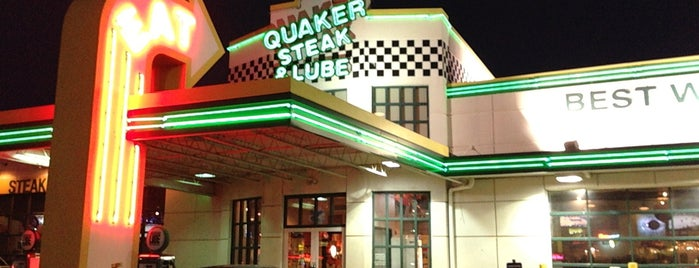 Quaker Steak & Lube® is one of Lizzieさんの保存済みスポット.