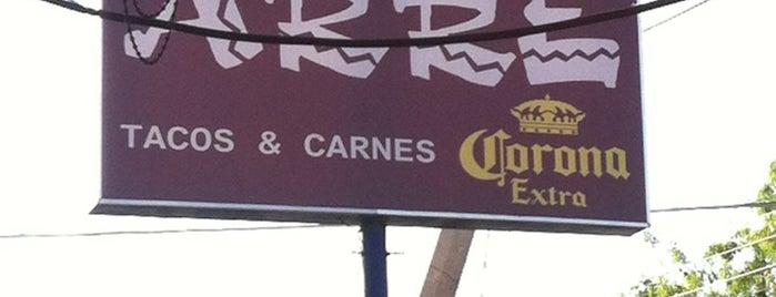 Arre Tacos & Carnes is one of สถานที่ที่ Marteeno ถูกใจ.