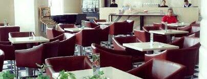 Grand Serela Hotel Medan is one of Locais curtidos por yuki ♥.