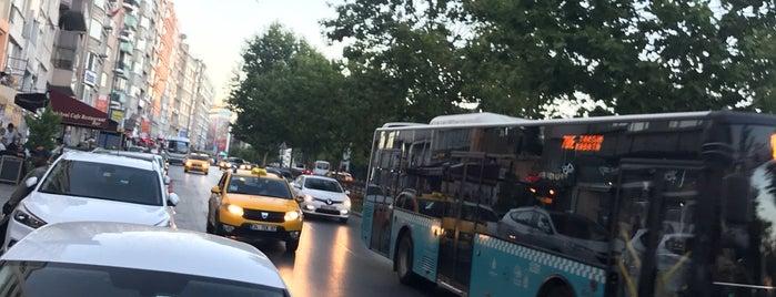 Taksim~sisli yuruyus yolu is one of Orte, die Aylin gefallen.
