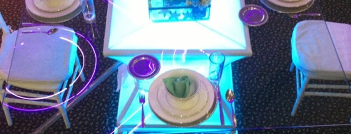 "Salón de Fiestas ""Alvi"" is one of Orte, die Alejandro gefallen."