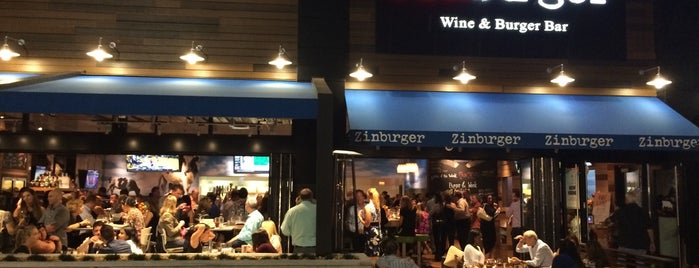 Zinburger Wine & Burger Bar is one of Orte, die 💫Coco gefallen.