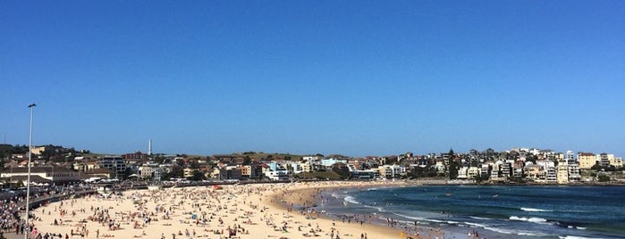 Bondi Beach is one of Locais curtidos por J.Esteban.