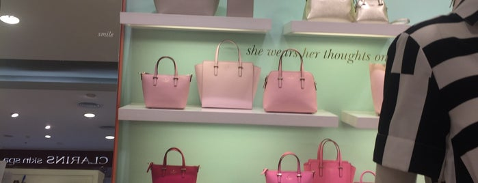 Kate Spade is one of Lugares guardados de nong@Ik.