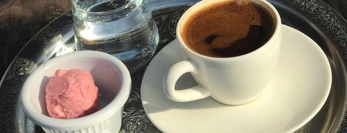 Batı  Fırını Bistro Cafe is one of Tempat yang Disukai Fatih.