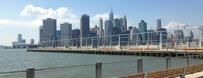 Brooklyn Bridge Park - Pier 6 is one of Lugares favoritos de Erik.