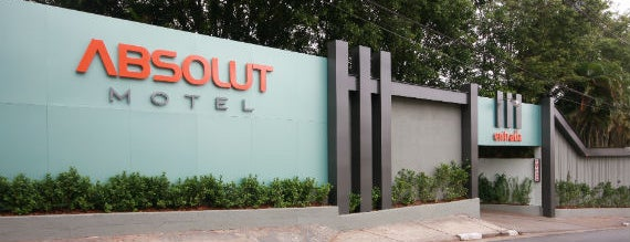 Motel Absolut is one of Lugares favoritos de Ivih.