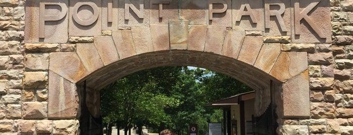 Point Park is one of สถานที่ที่ Tim ถูกใจ.