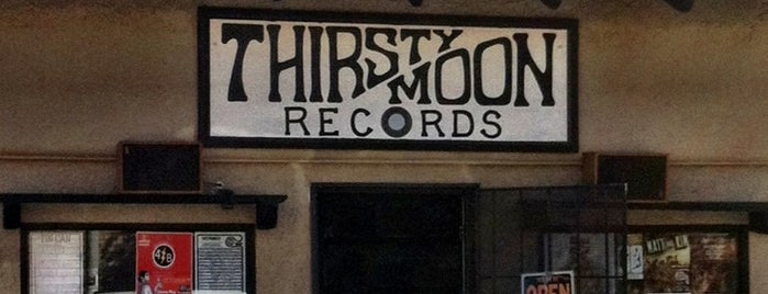 Thirsty Moon Records is one of Lieux sauvegardés par Sarah.