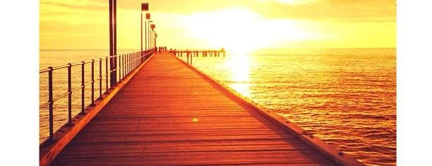 Frankston Beach is one of ÿt : понравившиеся места.
