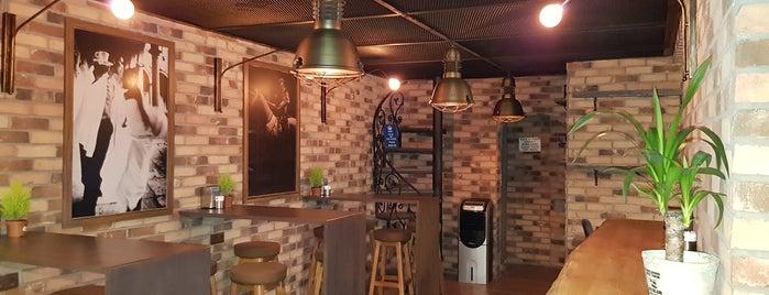 Gundy Bistro & Lounge is one of O&S'ın Beğendiği Mekanlar.