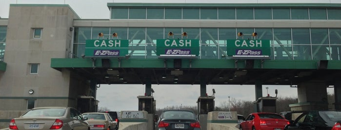 NJ Turnpike Toll Plaza is one of Lugares favoritos de Sunjay.