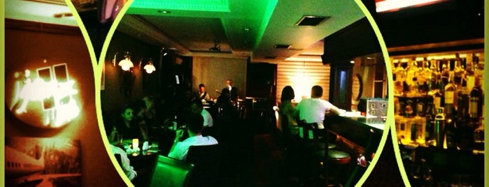 Jazz Pub & Roof Restaurant is one of safak kemal 님이 좋아한 장소.