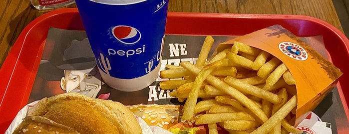 Saloon Burger is one of Posti che sono piaciuti a Mert.