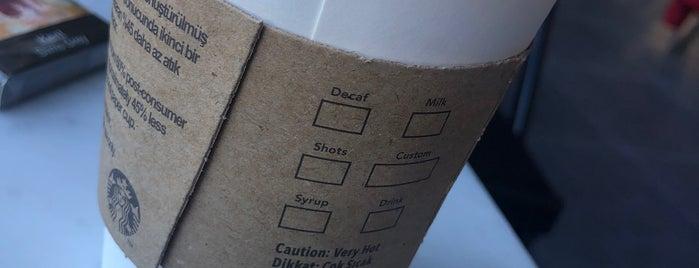 Starbucks is one of สถานที่ที่ ahmet ถูกใจ.