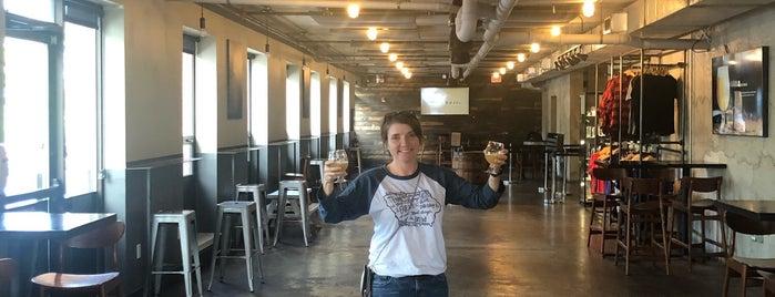 Trillium Brewing Company is one of Lugares favoritos de Cole.