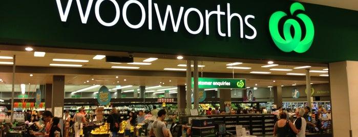 Woolworths is one of สถานที่ที่ Nate ถูกใจ.
