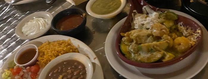 Habanero's Fresh Mex is one of สถานที่ที่ Blair ถูกใจ.