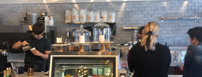 Alchemist Coffee Project is one of Orte, die Angela gefallen.