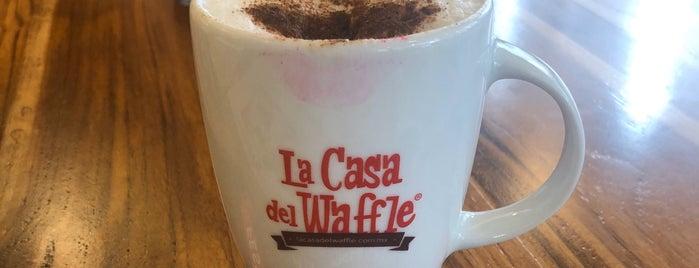 La Casa Del Waffle is one of Locais salvos de Karen 🌻🐌🧡.