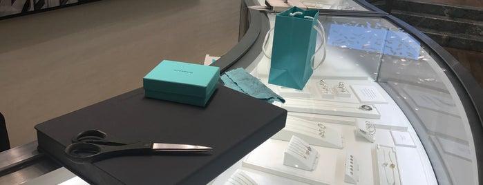 Tiffany & Co. is one of geekvault 님이 좋아한 장소.