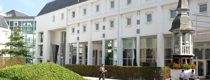 Novotel Brugge Centrum is one of Dexterさんの保存済みスポット.
