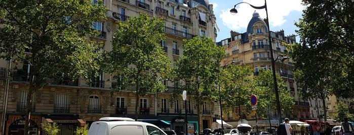 A la Petite Marquise is one of Paris.