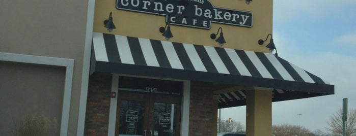 Corner Bakery Cafe is one of Lugares favoritos de Mike.